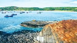Tuyệt cảnh bờ biển Nam Trung Bộ