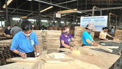 Việt Nam - Cơ hội trở thành trung tâm đồ gỗ nội thất thế giới