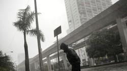 Đang lo ứng phó lũ lụt và sạt lở, Nhật Bản tiếp tục đón siêu bão Maria