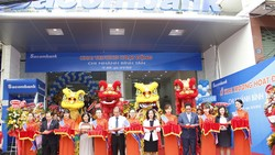 Sacombank khai trương hoạt động chi nhánh Bình Tân