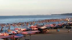 Bãi biển Cửa Lò. (Ảnh: Trọng Đức/TTXVN)