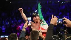 Alvarez đăng quang trong Ngày độc lập