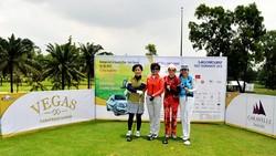 Giải Golf Saigontourist 2018 trao 500 suất học bổng cho học sinh nghèo hiếu học