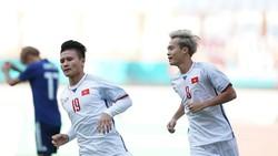 Niềm vui của Quang Hải sau bàn thắng. Ảnh: DŨNG PHƯƠNG