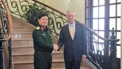 Bộ trưởng Bộ Quốc phòng Ngô Xuân Lịch tiếp Bộ trưởng Quốc phòng Hoa Kỳ. Ảnh: THỤY VŨ