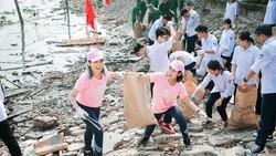 Chương trình thu dọn rác tại Vũng Tàu