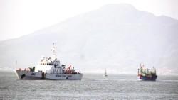 Đồng hành cùng ngư dân