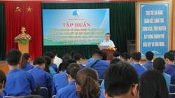 PGS-TS Ngô Văn Minh, Trưởng khoa dân tộc và tôn giáo Học viên Chính trị khu vực 3 giảng dạy về chủ trương, đường lối của Đảng, chính sách pháp luật của nhà nước trong công tác dân tộc, tôn giáo