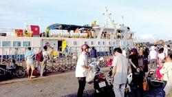 """""""Cháy"""" tour du lịch ra đảo Phú Quý"""