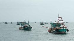 Khởi tố hình sự những vụ việc điển hình  về khai thác hải sản trái phép