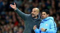"""HLV Pep Guardiola đánh giá cất cao """"cánh tay phải"""" Mikel Arteta. Ảnh: Getty Images"""