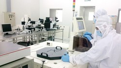 Tại Khu công nghệ cao TPHCM, phòng thí nghiệm được trang bị hiện đại và sẵn sàng các dịch vụ phục vụ doanh nghiệp