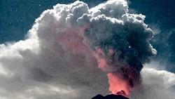 """Núi lửa trên đảo Bali lại """"thức giấc"""""""