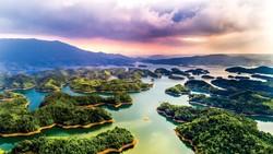 """Hồ Tà Đùng - """"Vịnh Hạ Long"""" của Tây nguyên"""