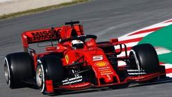 Chiếc xe đua SF90 của Ferrari