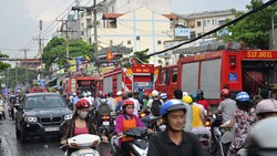 Nhường đường cho xe chữa cháy