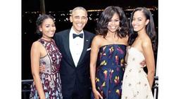 Vợ chồng cựu Tổng thống Obama sắp ra sách