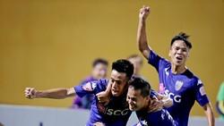 """Hà Nội - Quảng Nam 1-0: Quyết """"rừng"""" tỏa sáng, Hà Nội lấy lại ngôi đầu"""