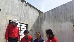 Tặng thùng hàng gia đình cho 1 hộ dân tại xã Kỳ Nam, TX Kỳ Anh, Hà Tĩnh