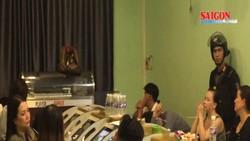 Cảnh sát tập kích tụ điểm cờ bạc khủng ở TPHCM