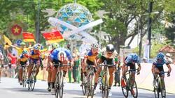 """""""Ngư ông đắc lợi"""", tay đua Hàn Quốc đoạt áo vàng chung cuộc"""