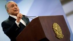 Tổng thống Brazil, Michel Temer phát biểu tại phủ tổng thống ở Brasilia, ngày 20-5-2017. Ảnh: REUTERS