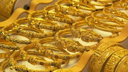 Giá vàng tiếp tục leo thang, chạm đỉnh 2 tháng