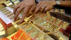 Giá vàng đang tiếp đà giảm sâu