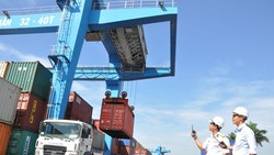 TPHCM nhập siêu hơn 4,5 tỷ USD