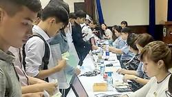 Thí sinh trúng tuyển đăng ký nhập học tại Trường ĐH Nông Lâm TPHCM