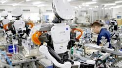 Robot đang dần thay thế con người trong kỷ nguyên Kỹ nghệ 4.0