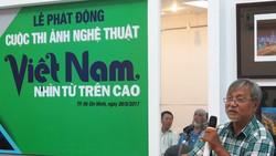 Nghệ sĩ nhiếp ảnh Nguyễn Thanh Tâm (Chủ tịch Hội Nhiếp ảnh TPHCM) giới thiệu về cuộc thi