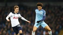 Tottenham (trái) liệu có thể là đội đầu tiên trong tốp 6 giành được trước Man.City? Ảnh: Getty Images