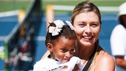 Maria Sharapova đang rất tươi tắn ở California.