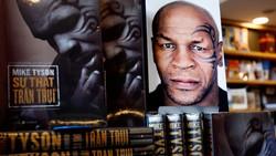 """Cuốn hồi ký đã dựng lại trọn vẹn cả cuộc đời của """"ông hoàng quyền Anh hạng nặng"""" Mike Tyson"""