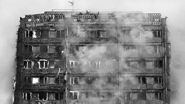 被燒毀的倫敦公寓大樓。(圖源:互聯網)