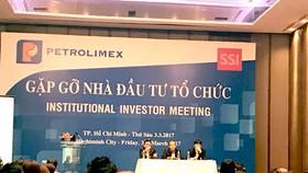 Petrolimex đã tổ chức tiếp xúc với các NĐT tổ chức.