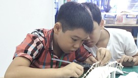 Trẻ em Làng SOS thiết kế TPHCM thông minh, thân thiện