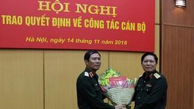 Bổ nhiệm công tác mới Tư lệnh Quân khu 4 và Tư lệnh Bộ Tư lệnh Thủ đô Hà Nội