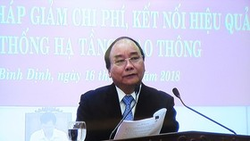 PM Nguyen Xuan Phuc at the meeting (Photo: SGGP)