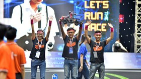 UET Fastest from the Vietnam National University-University of Engineering and Technology (VNU-UET) won the first prize of Digital Race season 2