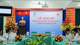 The contract signing ceremony between VNPT and Nguyen Trai Hospital