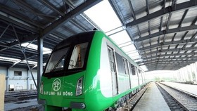 The Cat Linh-Ha Dong elevated urban railway train will be put on trial run in August (Photo: VNA)