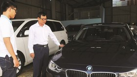 Automobile price remains high because of import regulations