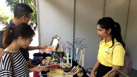 Thailand's handicraft products introduced at the Thai Festival 2018 (Source: toquoc.vn)