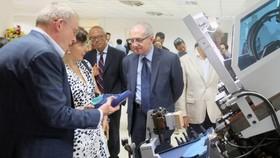 Italian enterprises visit Vietnam- Italy Footwear Technology Center