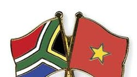 ​South African Ambassador finishes working term in VN