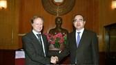 Ambassadors & representatives of EU countries evaluate HCMC's development