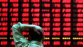 FED tăng lãi suất, VN-Index giảm, vàng và USD tăng