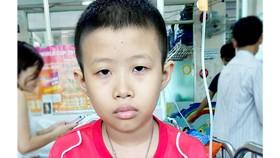 Hai cha con cùng mắc bệnh nan y